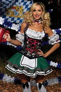 Oktoberfest Beer Girls Pictures to Pin on Pinterest ...