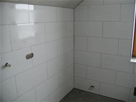 Kleines Bad Wie Fliesen Verlegen by Badezimmer Selber Fliesen Fliesen Verlegen