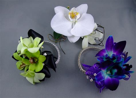 to be corsage corsages with keepsake bracelets
