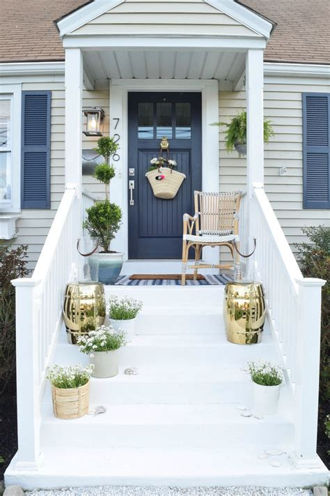 brilliant front porch ideas   guests feel