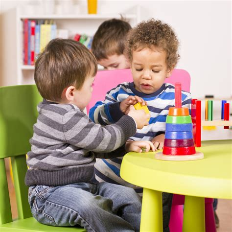 tips for teaching children to lapetite academy 131 | shutterstock 96856597