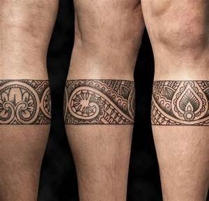 Armband Tattoo Bedeutung : pin von marina lima auf tattoos pinterest tattoo ideen tattoo wade m nner und maorie tattoo ~ Frokenaadalensverden.com Haus und Dekorationen
