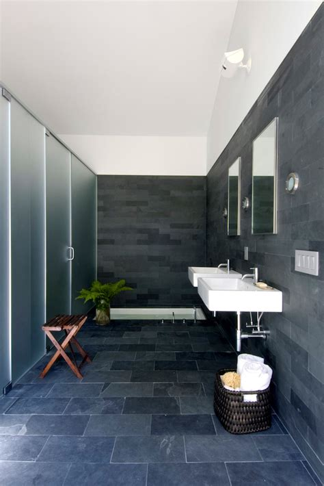 bold  beautiful black bathroom design ideas