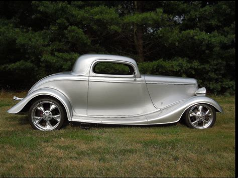 """1933 Ford 3window Coupe, Beautiful Build, Ford 9"""" Rear, A"""