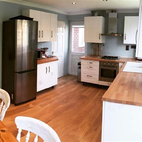 kitchen diy oak floor oak worktop gloss white