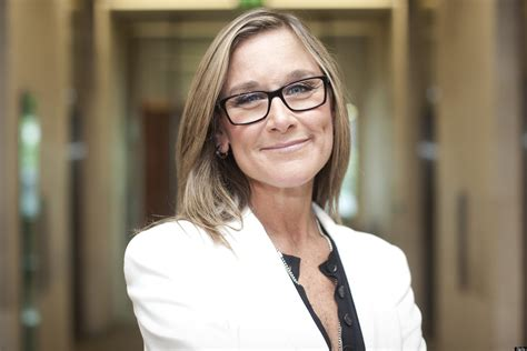 angela ahrendts burberry ceo is to become the highest paid executive in britain