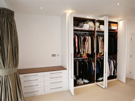 Wardrobes Uk by Traditional And Contemporary Fitted Wardrobes