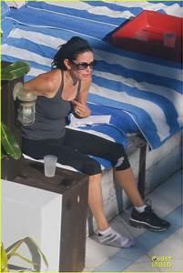 Courteney Cox: Miami Bikini Mama!: Photo 2761027   Bikini ...