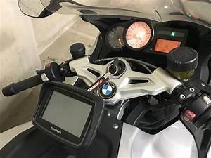 Gps Bmw Moto : installer un gps sur une k1300s bmw par meca moto service ~ Medecine-chirurgie-esthetiques.com Avis de Voitures