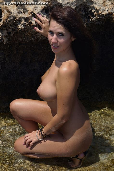 stacey poole topless beach adulte galerie