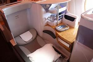 Emirates Airbus A380 business class: Sydney-Dubai Airline ...