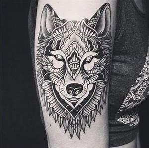 Tatouage Loup Celtique : les 25 meilleures id es de la cat gorie tatouages de patte de loup sur pinterest empreinte ~ Farleysfitness.com Idées de Décoration