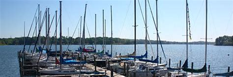 Lake Norman Boat Rentals Pet Friendly by Vacations On Lake Norman Vacation Rental Homes