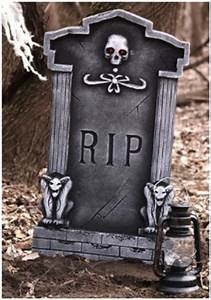 Halloween Graveyard Props and Decorations - Cemetery