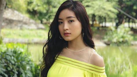 cantik seperti perempuan korea gaya rambut natasha wilona