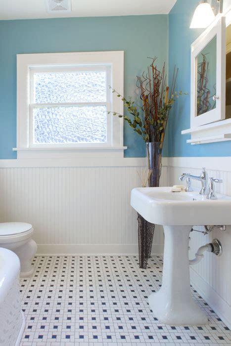 wanddekoration im badezimmer farben bilder deko fuers bad