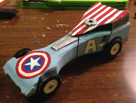 Need Ideas On Designs For Your Pinewood Derby Car Kinda Captain America Pinewood Derby Car I Painted For My