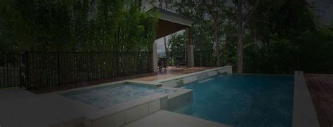 local swimming pool remodeling contractors