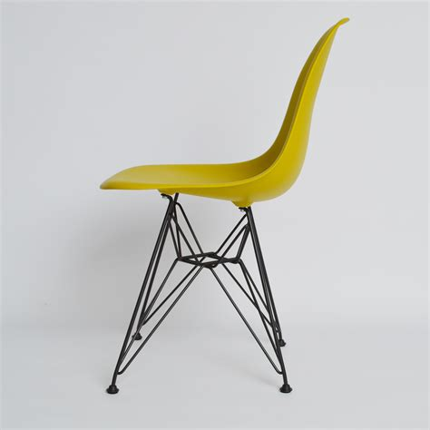 eames plastic side chair dsw  vitra