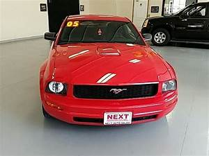 2005 Ford Mustang V6 Deluxe Coupe 90915 Miles Red V6  4 0