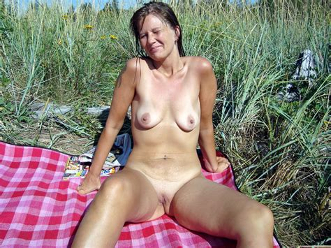Real Wives And Old Whores Amateur Pics Gallery On