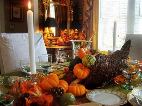thanksgiving table decor easy as easy and elegant thanksgiving holiday centerpieces family holiday net guide to family holidays