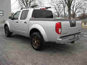 Find Used 2011 Nissan Frontier Sv Crew Cab 4x4 6 Speed