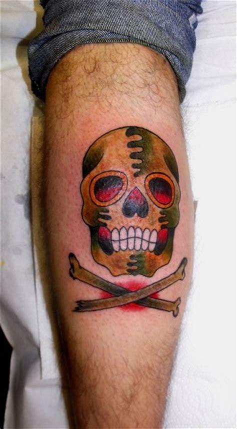 tatuaje de una calavera  school tatuajes de calaveras