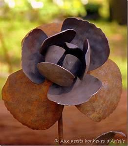 Decoration Jardin Metal : d coration de jardin en m tal miroir d exterieur jardin ~ Teatrodelosmanantiales.com Idées de Décoration