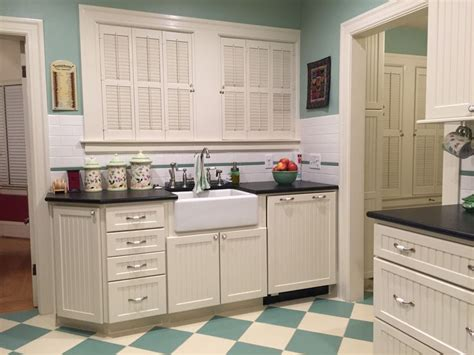 pictures of black kitchen cabinets 11 best 1920s kitchen remodel with wedgewood stove images 7443