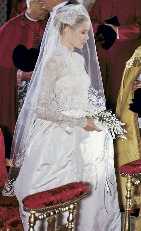 grace hochzeitskleid grace princess grace of monaco on wedding day