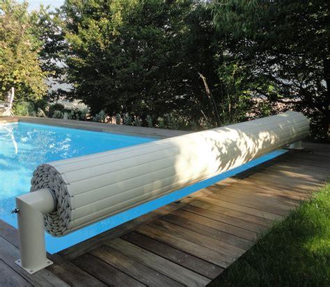 couverture 233 lectrique de piscine rideau de piscine 233 lectrique