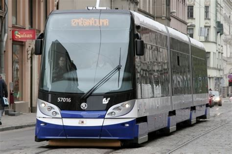 Izstrādāti noteikumi par tramvaju un trolejbusu ...