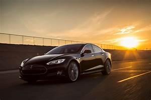 Tesla Modèle S : 2015 tesla model s p85d first test motor trend ~ Melissatoandfro.com Idées de Décoration
