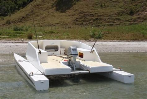 Cheapest Small Pontoon Boats by Best 25 Plywood Boat Ideas On Diy Boat