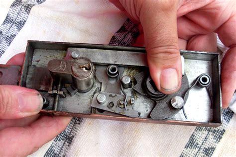 schlie 223 zylinder ausbauen ohne schl 252 ssel t rschloss profilzylinder aufbohren anleitung