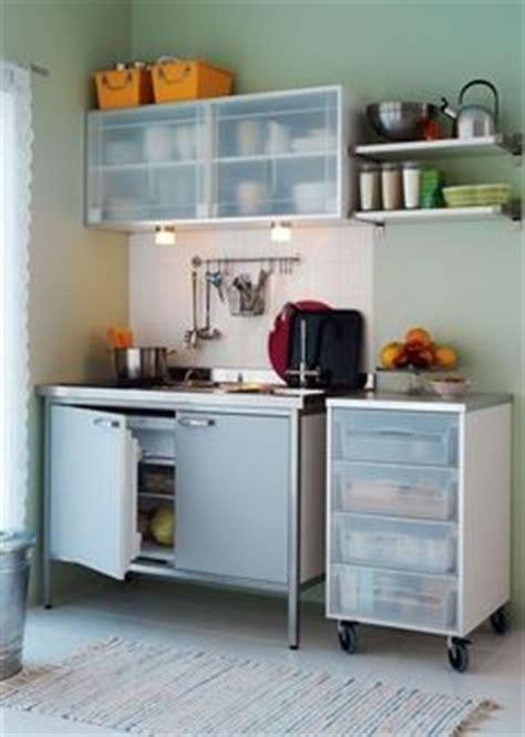 plaque aluminium cuisine ikea mini cuisine quot sunnersta quot et une plaque d 39 induction