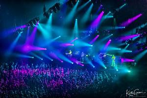 Phish Closes Out Fall Tour With A Stellar Saturday Night