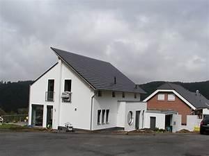 Gärtnerei Mülheim Kärlich : wohnhaus holly arzbach gerharz gerharz ~ Markanthonyermac.com Haus und Dekorationen