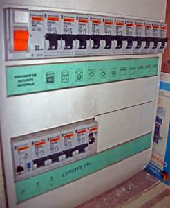 Changer Tableau Electrique : ancien tableau lectrique avec fusible blog sur les voitures ~ Melissatoandfro.com Idées de Décoration