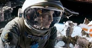 Sandra Bullock Gets Soaked In Behind The Scenes 39Gravity