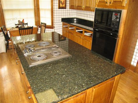 how to choose kitchen backsplash spectacular granite colors for countertops photos