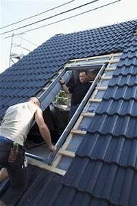Dachfenster Mit Balkon Austritt : velux cabrio im handumdrehen zum mini balkon ~ Indierocktalk.com Haus und Dekorationen