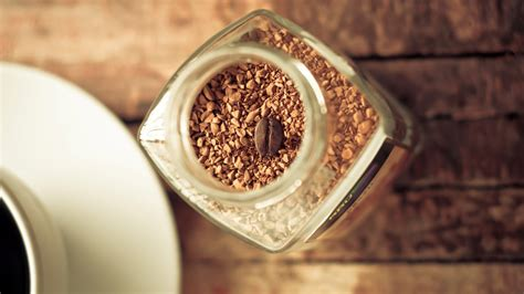 Every day when i wake up, the first thing i do is pour a cup of hot water, add one teaspoon of great taste coffee granules and mix in two teaspoons. Download Wallpaper 1920x1080 coffee, granules, grain, bank Full HD 1080p HD Background