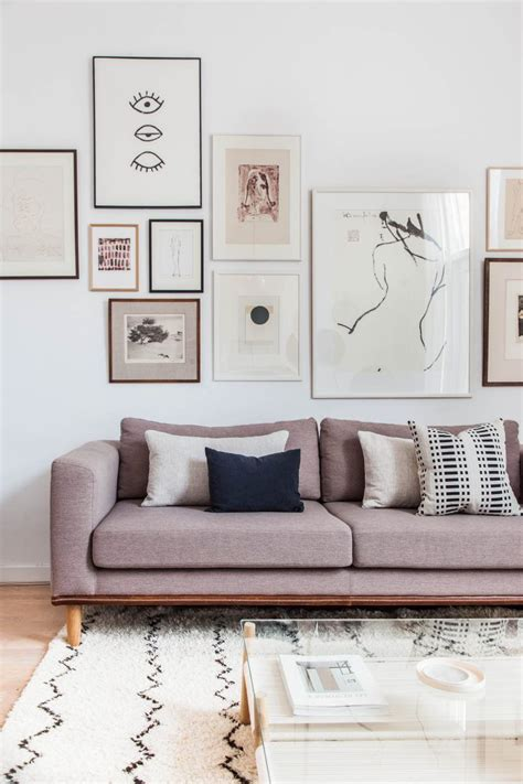 Living Room Artwork Ideas by Living Room Interior Design By Avenue Lifestyle Living