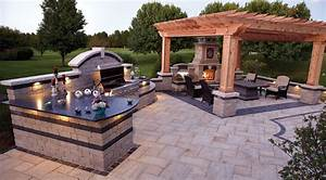 Custom outdoor living spaces outdoor patio designs for Custom backyard designs