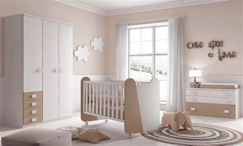 chambre complete de bébé chambre complète bébé miki avec lit commode glicerio