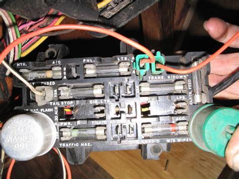 Jeep Cj7 Fuse Block Wiring by Where Is The Brake Light Fuse On A 1986 Cj Jeepforum