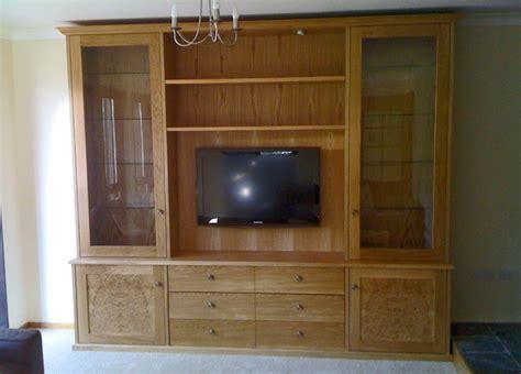 Bristol Fine Furniture :: Media Cabinets
