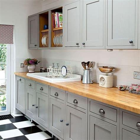 cuisine grise plan de travail bois plan de travail cuisine en 71 photos idées inspirations